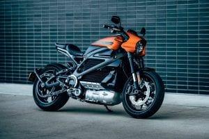 מהפכת החשמול מחוללת את הדרמה הגדולה ביותר בתולדות תעשיית האופנועים