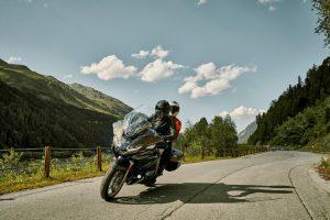 חדש על הכביש: ב.מ.וו R1200 RT