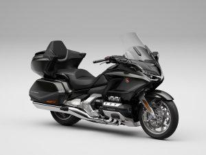 החמישיה: אופנועים לחצות איתם יבשות